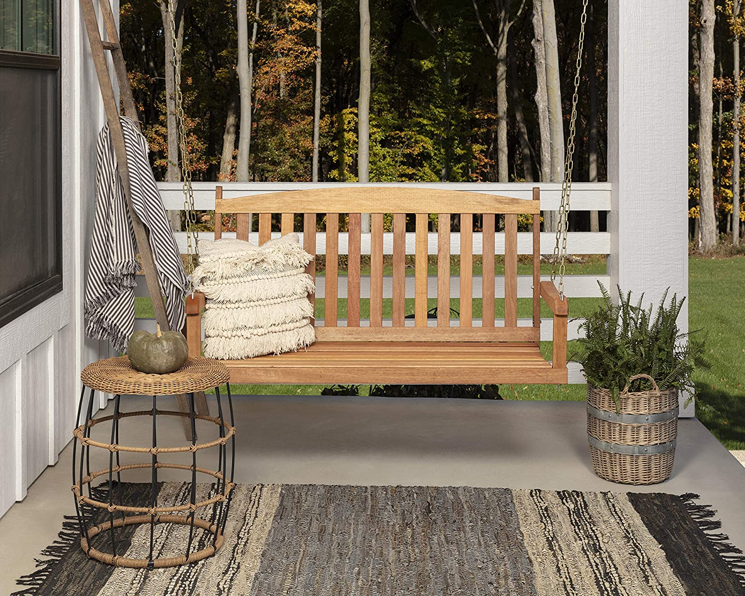 Woodlawn&Home 4' Hardwood Swing with Chains in Honey Finish 800032