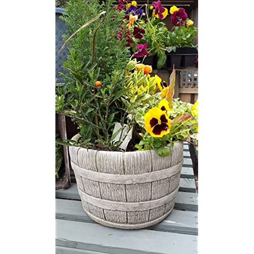 SMALL BARREL HAND CAST STONE GARDEN ORNAMENT / FLOWER PLANTER / BASKET