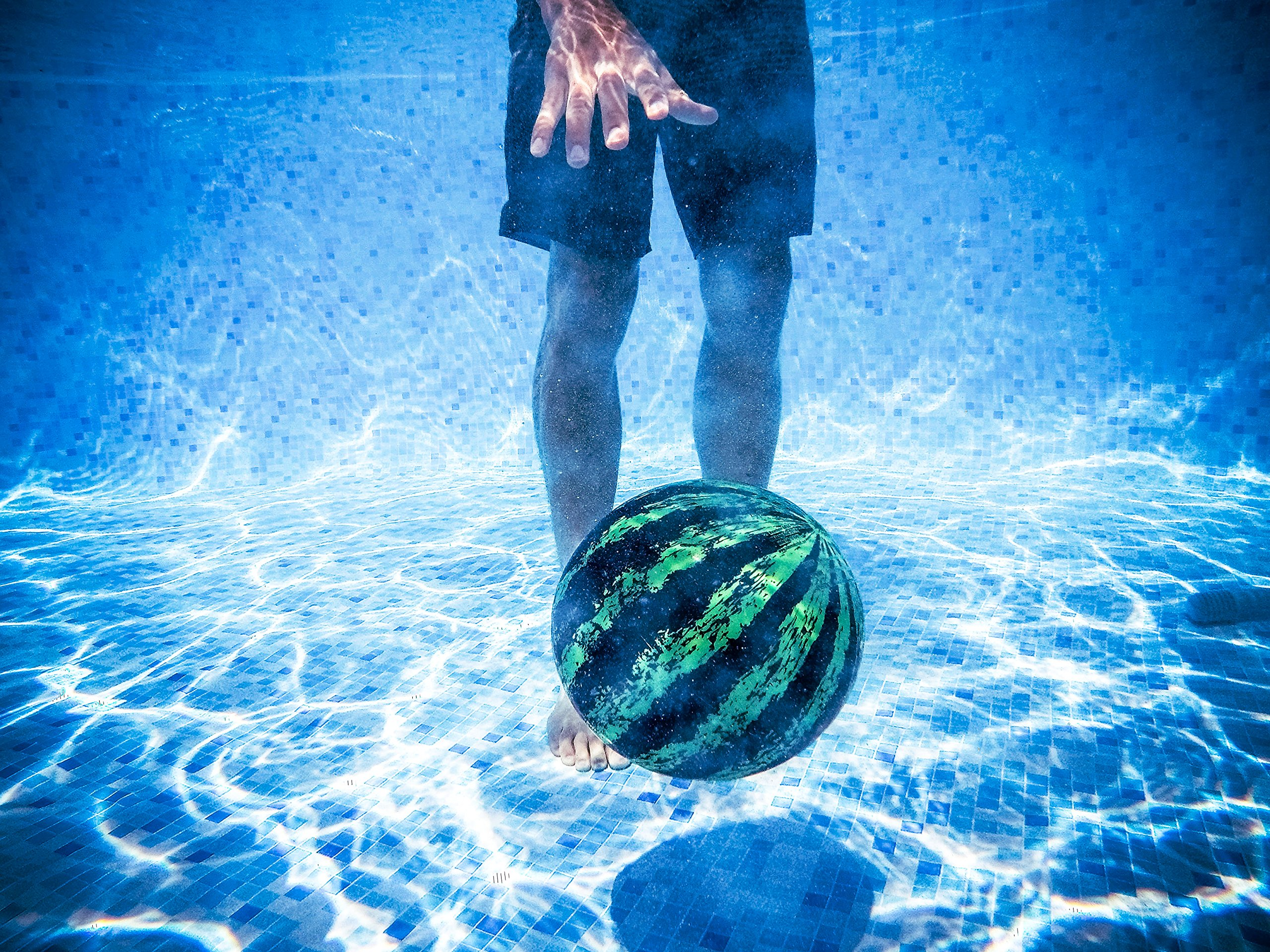 Watermelon ball the ultimate swimming pool game the ball - Watermelon ball swimming pool game ...