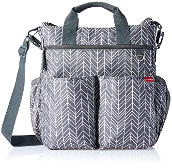 f2e279d44393d Skip Hop Messenger Diaper Bag With Matching Changing Pad, Duo Signature,  Grey Feather: Amazon.ca: Baby
