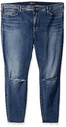 61ef230dcd38e Amazon.com  Silver Jeans Co. Women s Plus Size Robson High-Rise ...