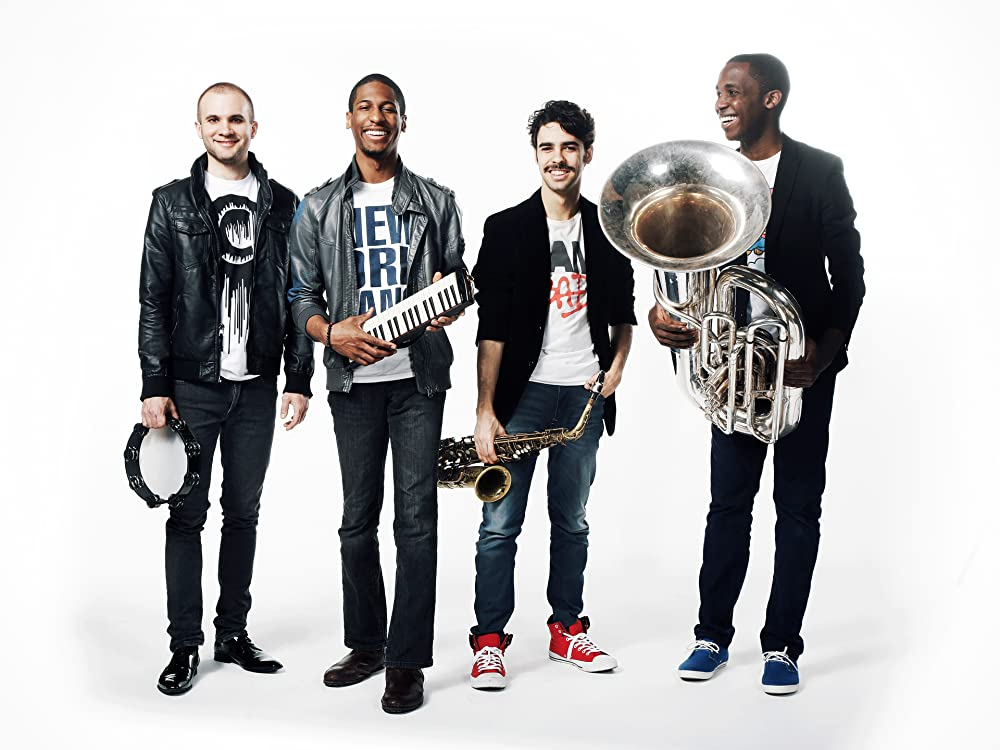Amazon.com: Jon Batiste and Stay Human: Songs, Albums, Pictures, Bios