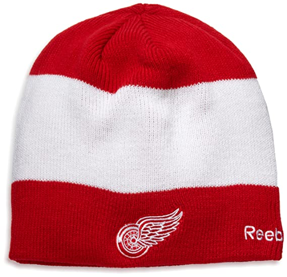 Amazon.com   Detroit Red Wings Official Team Player Knit Hat   Sports Fan  Beanies   Clothing fc4dc6ef725