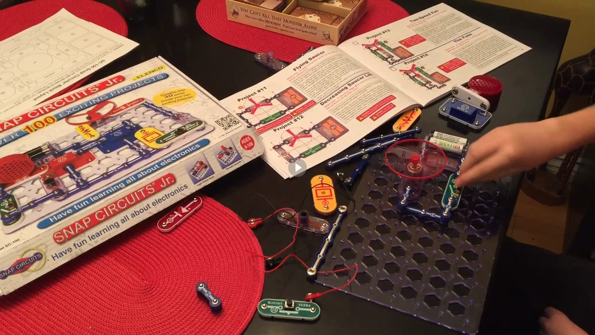 Snap Circuits Jr Pdf Wiring Diagram For Professional Elenco Arcade Amazon Com Sc 100 Electronics Discovery Manual