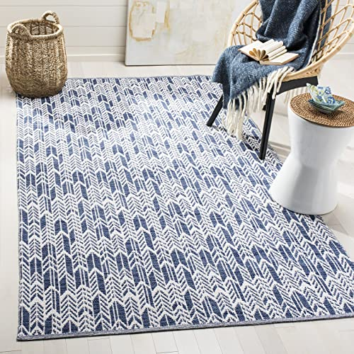 Safavieh Montauk Collection MTK609C Navy and Ivory Area Rug 5 x 8
