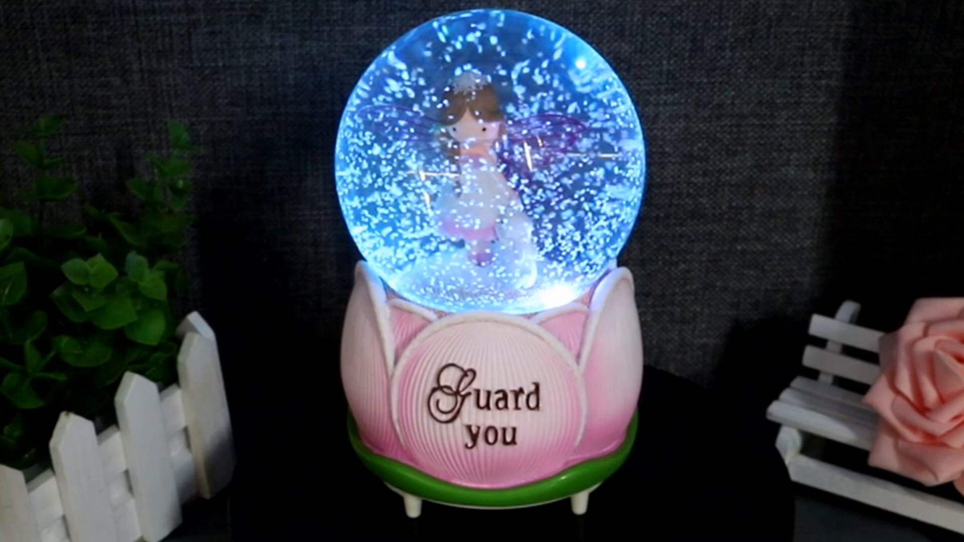 LED TRANSPARENT MERRY-GO-AROUND WIND UP MUSIC BOX MOON RIVER