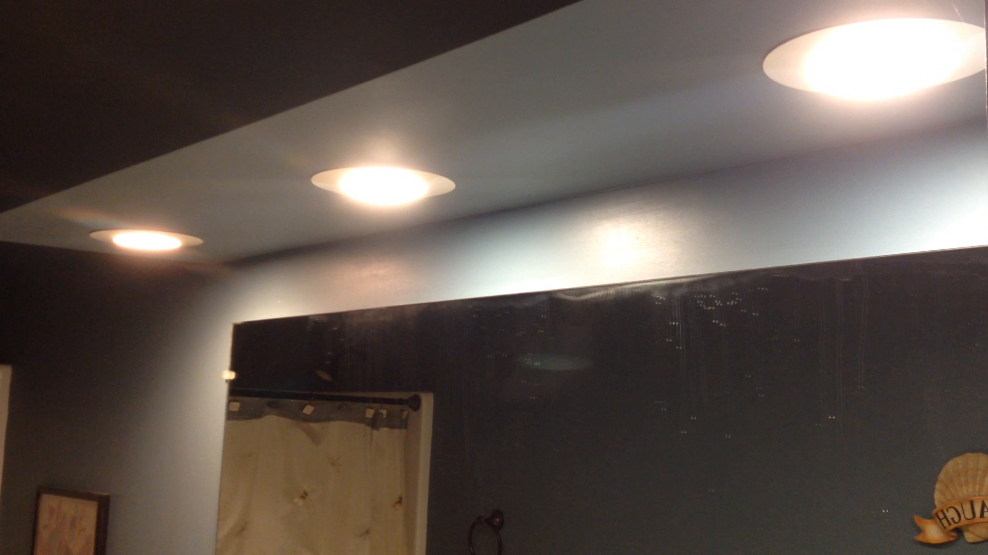 SleekLighting BR30 LED 8.5 WattDimmable Wide Flood Light Bulb UL Approved 3000K 850 Lumens E26 Medium Base Warm White 18319 65 Watt Equivalent 110/° PACK OF 4