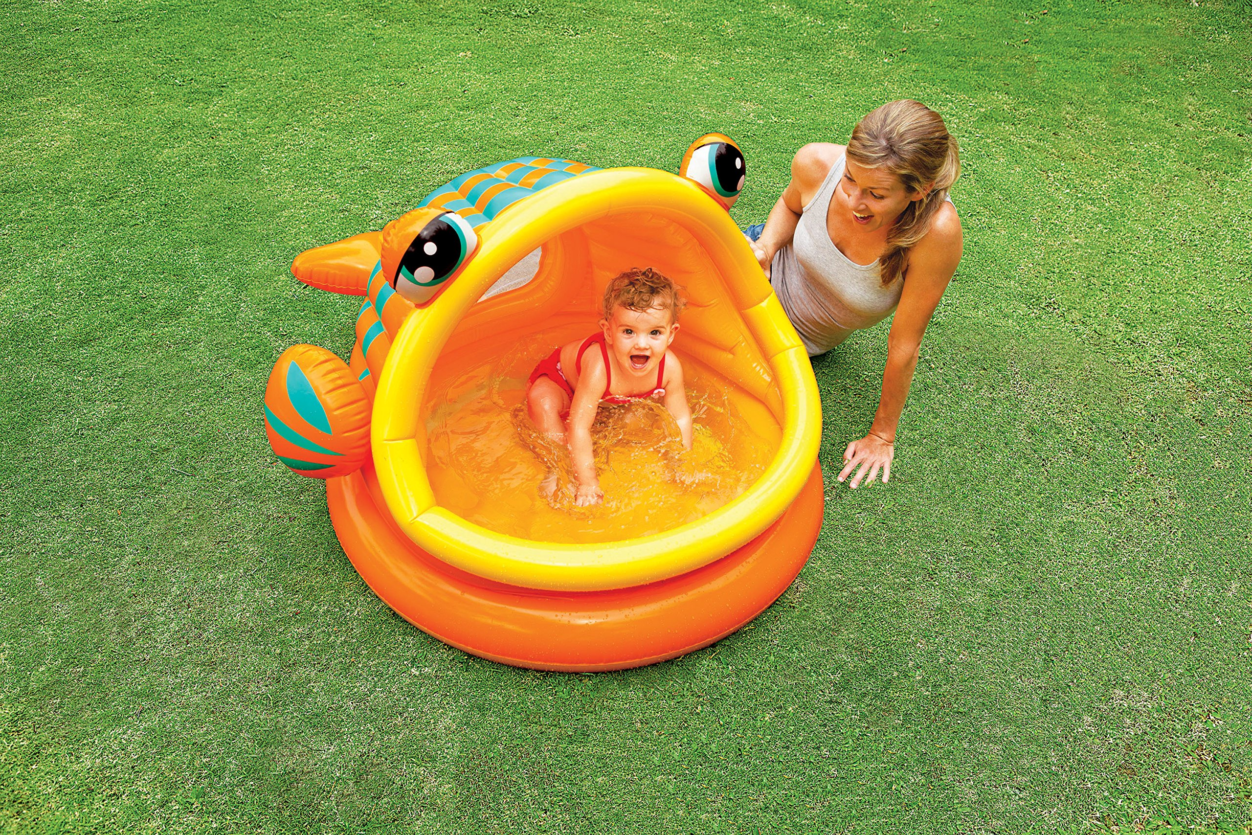 11 Best Outdoor Water Toys For Toddlers To Have Fun In The