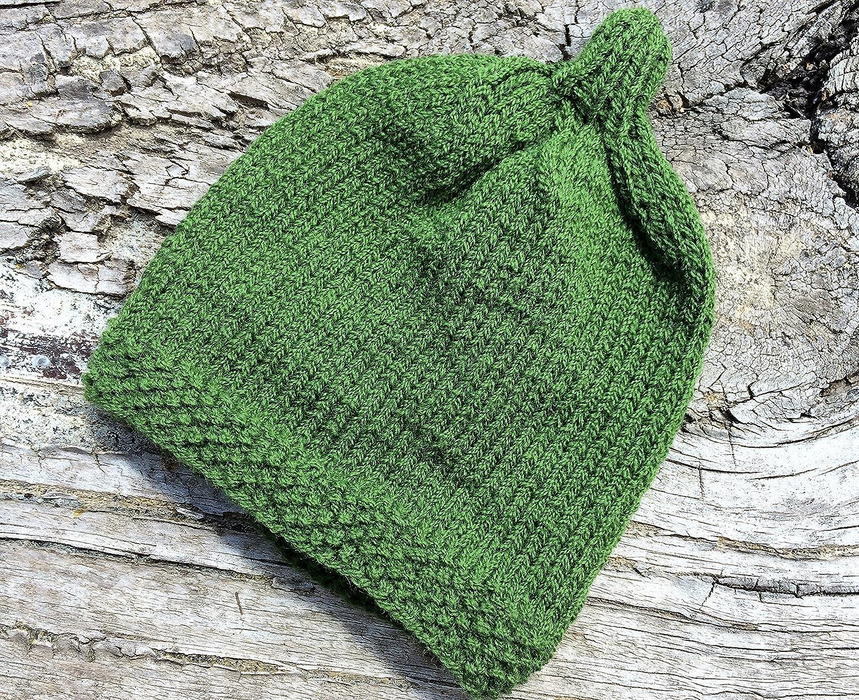 Amazon.com  Gumnut Babies Knitted Beanie. Green Gumnut Beanie for Small Preemie  Babies. Australiana for Babies. Premature Baby Beanie Hat. 0c30400654c