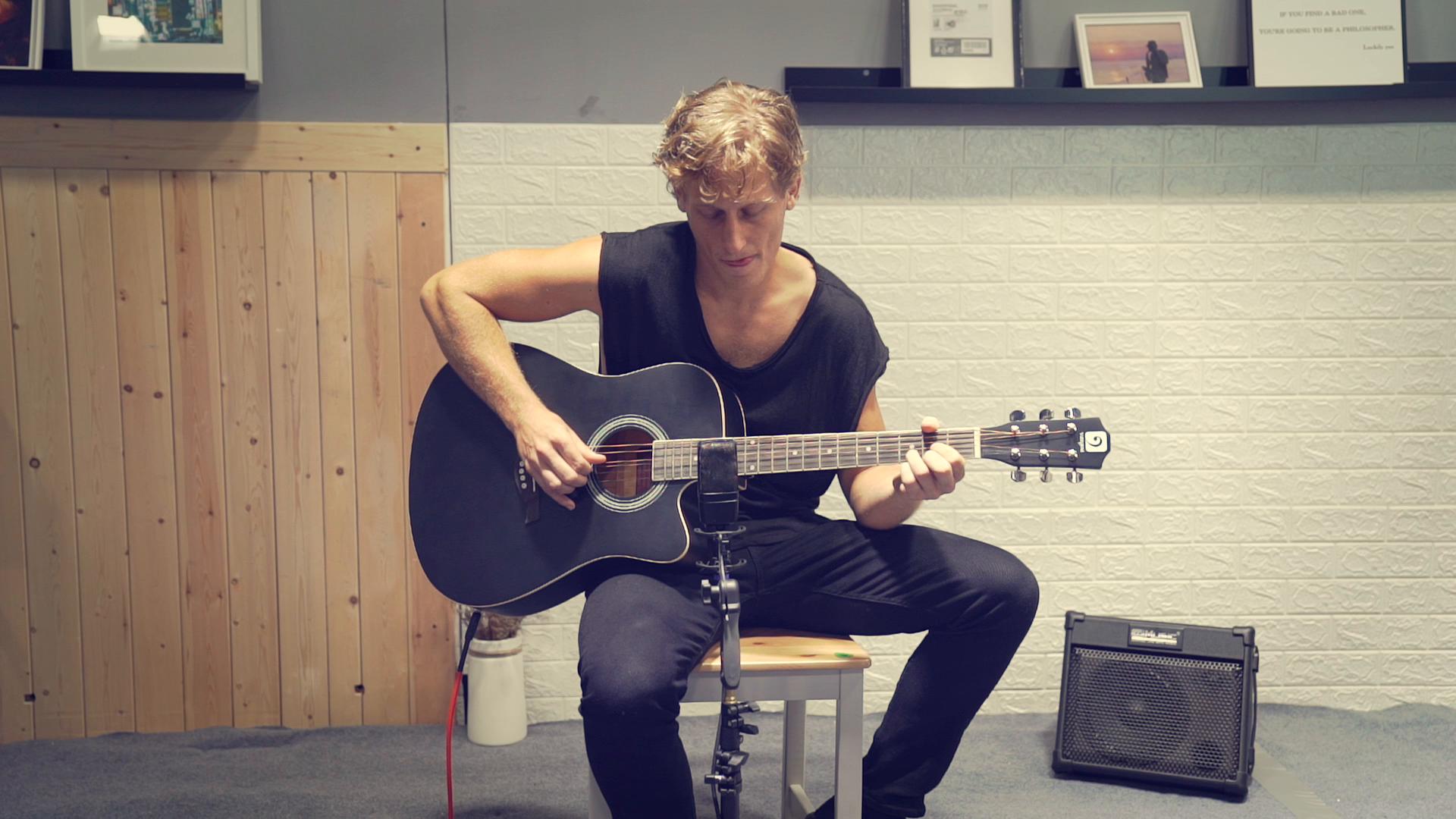 Guitarras acústicas con cuerdas metálicas, Guitarra ...