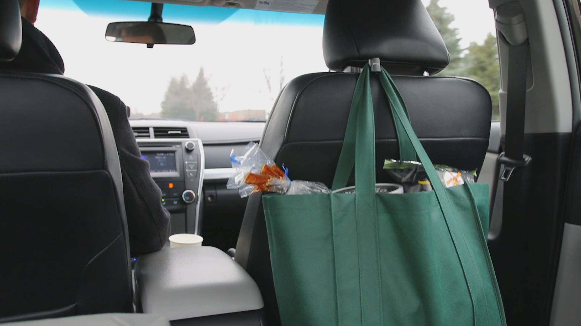 Mengo Back Seat Headrest Hooks