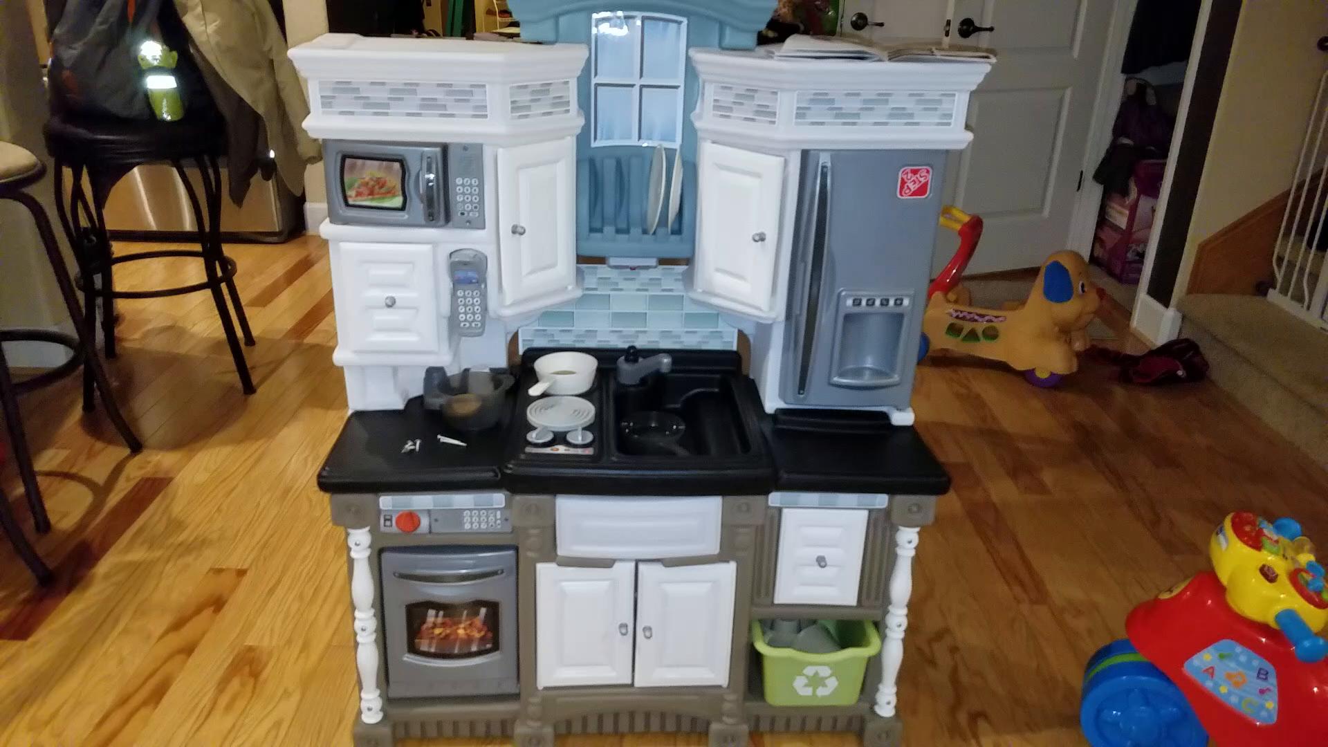Drea Kitchens Luxurious Home Design