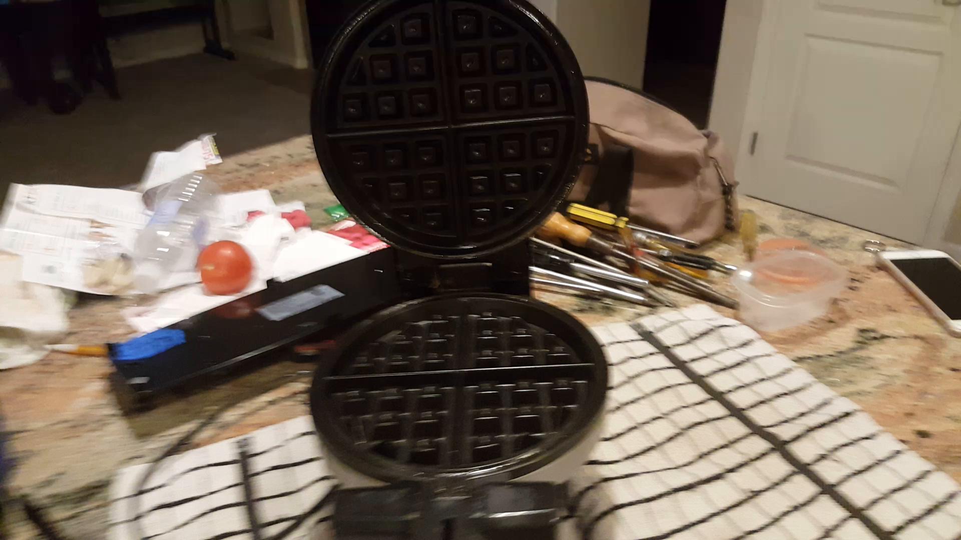 Amazon Customer Reviews Bella Rotating Belgian Waffle Maker