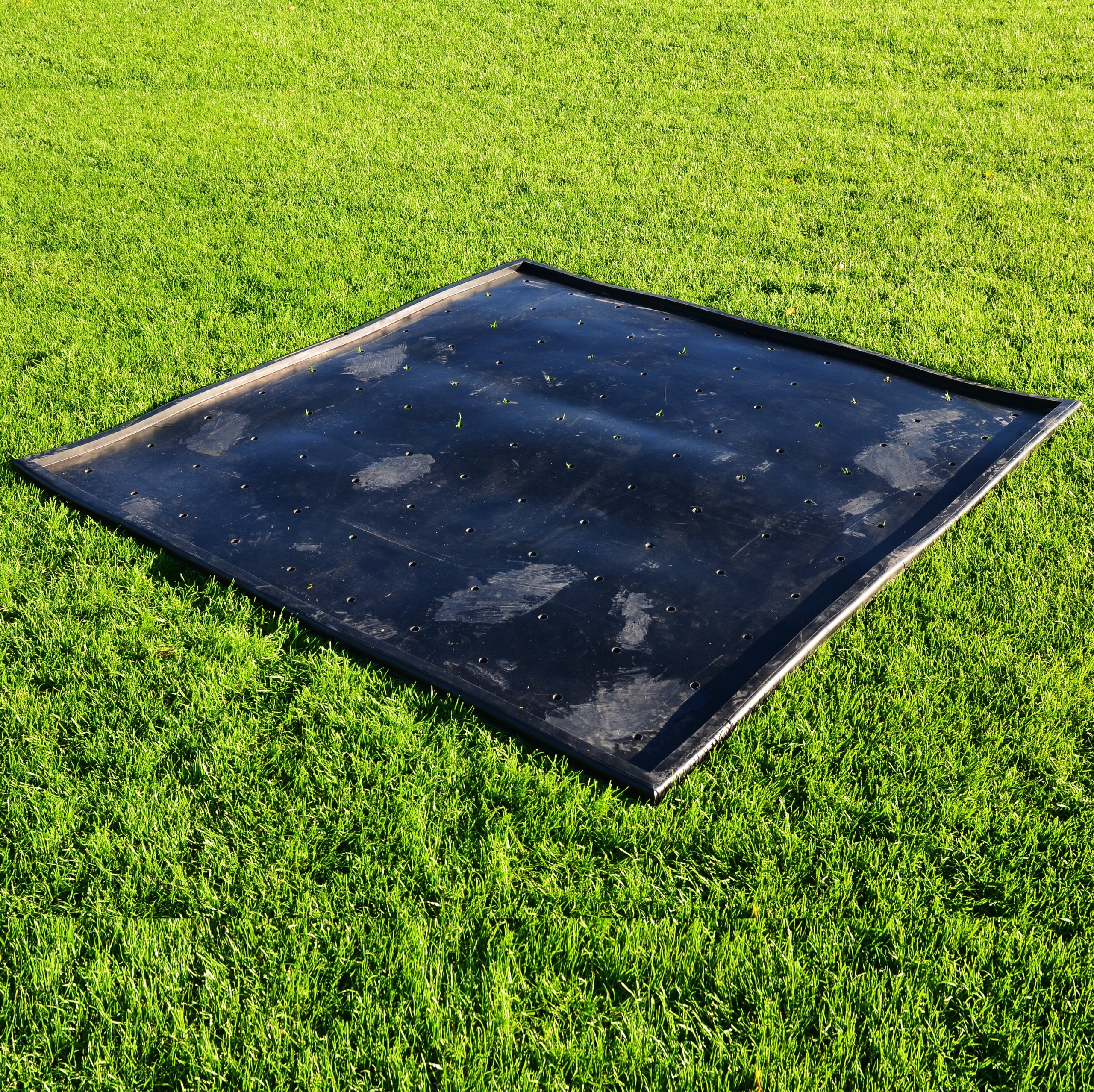 FORB Rubber Golf Mat Base [5ft x 5ft] - Anti-Skid Protective Rubber Base For Use With Driving Range Mats [Net World Sports]