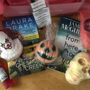 Bubbles & Books - Premium reading and relaxation subscription box: contemporary rom