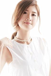 Aktori Zhi-Ying Zhu