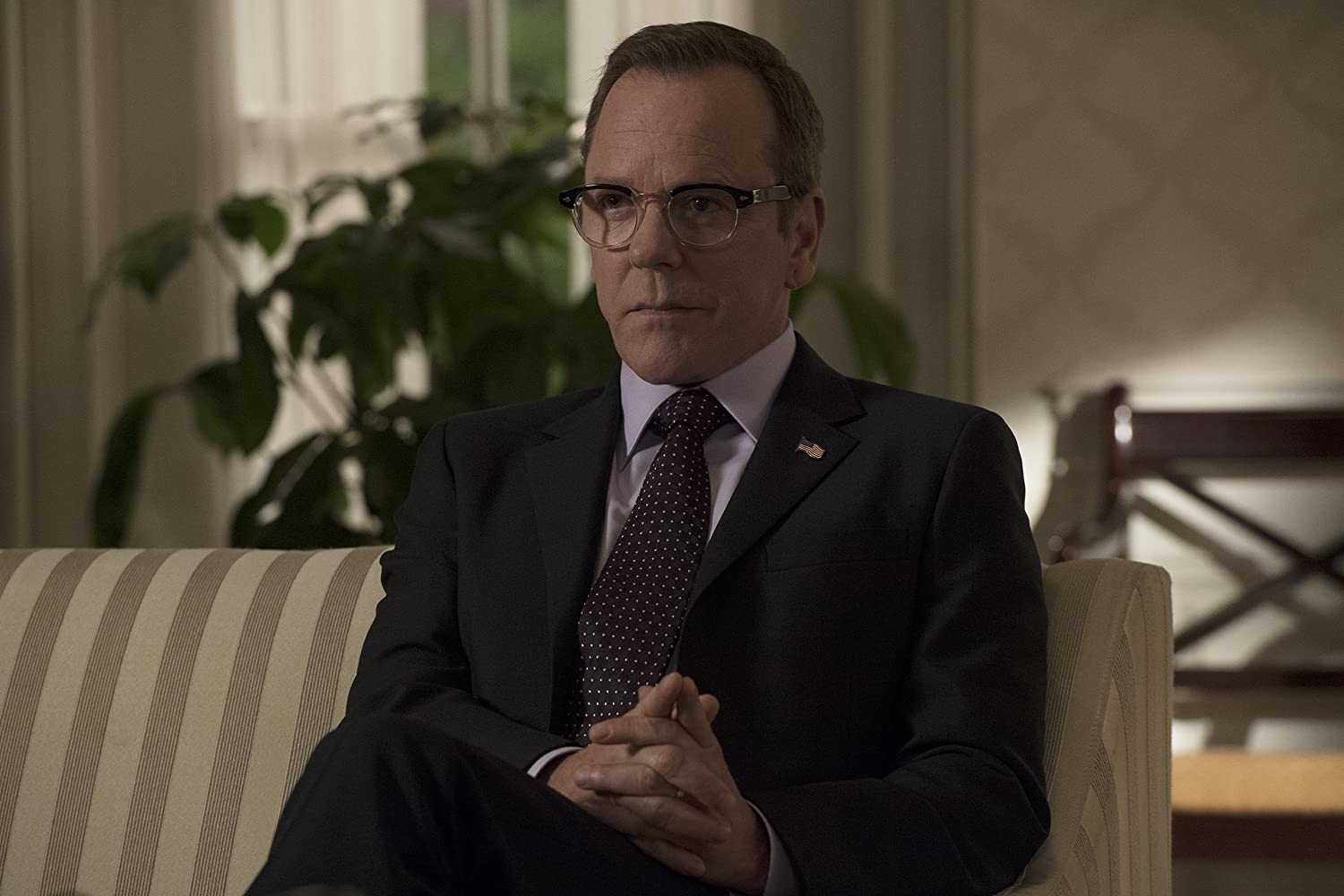 Designated Survivor S02E01 – One Year In, film serial online subtitrat în Română