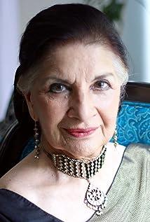 Aktori Sushma Seth