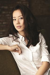 Aktori Chae-won Moon
