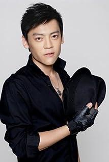 Aktori Ziyi Wang
