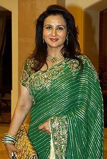 Poonam Dhillon Picture