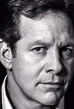 Steve Guttenberg's primary photo