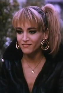 Aktori Núria Hosta