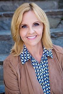 Julie Glaze Houlihan Picture