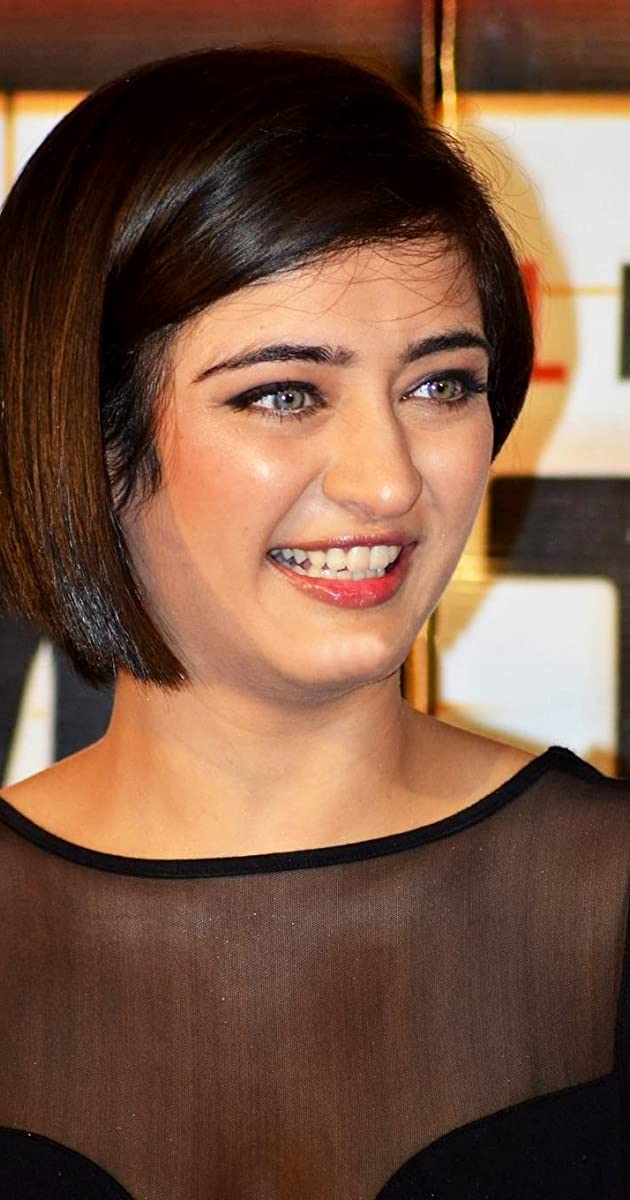 Akshara Haasan Nude Photos 12