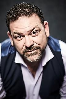 Aktori Paul Moniz de Sa
