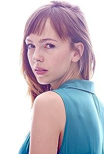 Aktori Brittany Allen