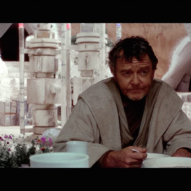 Phil Brown in Star Wars: Episode IV - A New Hope (1977)