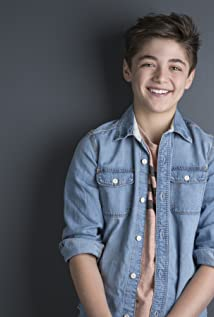 Asher Angel Picture