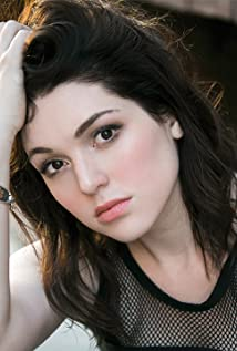 Jennifer Stone Picture
