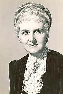 Elisabeth Risdon Picture