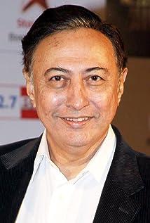 Aktori Anang Desai