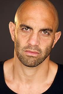 Aktori Eddie Alfano