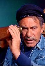 Louis Quinn's primary photo