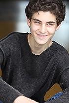 Image of David Mazouz