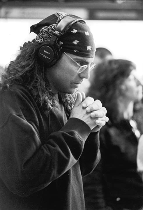 Tom Shadyac in Dragonfly (2002)