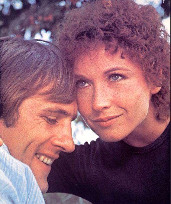 Gérard Depardieu and Marlène Jobert in The Wonderful Crook (1975)