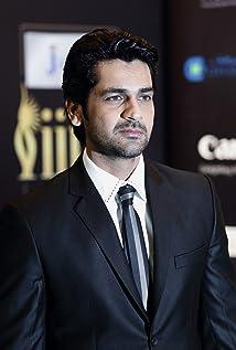 Aktori Arjan Bajwa