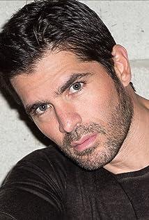Eduardo Verástegui Picture