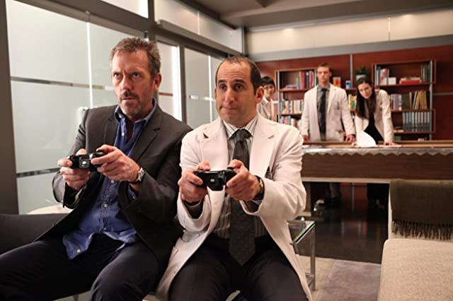 Peter Jacobson and Hugh Laurie in House (2004)