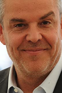 Aktori Danny Huston