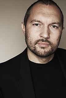 Ivo Nandi Picture