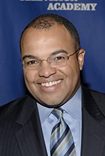 Mike Tirico Picture