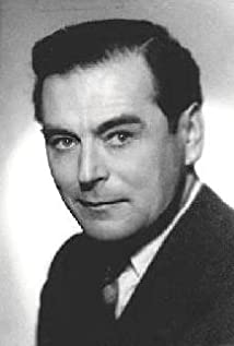 Aktori Sebastian Shaw