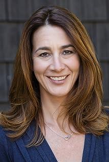 Aktori Dina Engel