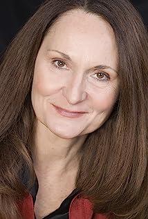 Beth Grant Picture